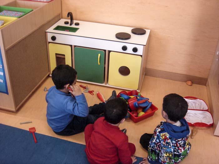 http://colegiotempranales.com/images/tempranales/centro/edificio/Cole_015.jpg