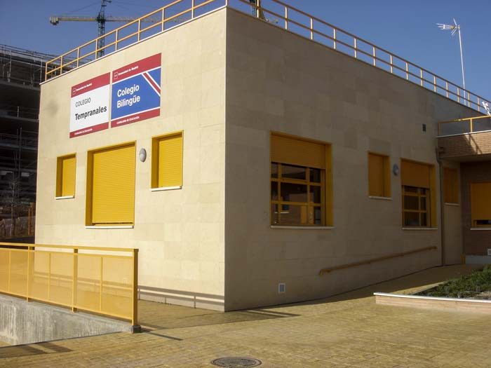 http://colegiotempranales.com/images/tempranales/centro/edificio/Cole_036.jpg