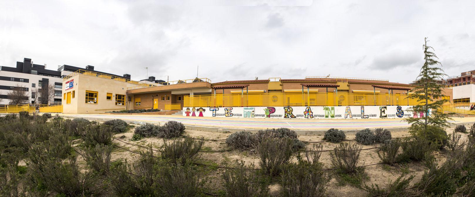 http://colegiotempranales.com/images/tempranales/centro/galeria/EdificioInfantil.jpg