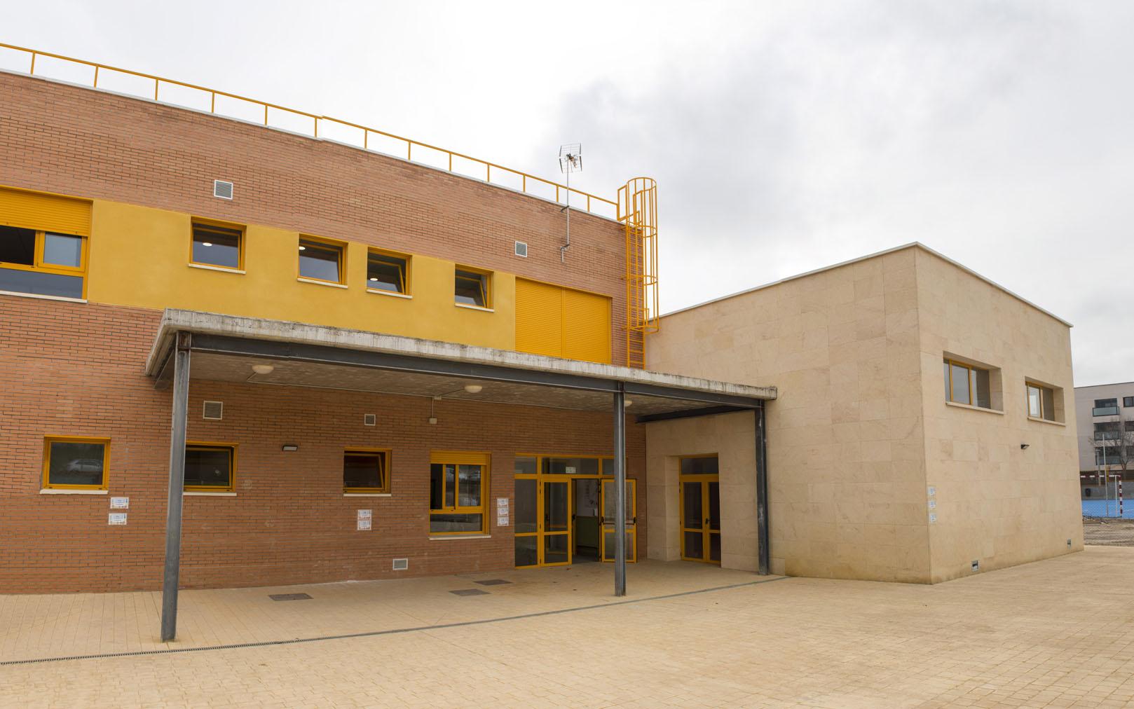 http://colegiotempranales.com/images/tempranales/centro/galeria/EdificioPrimaria.jpg