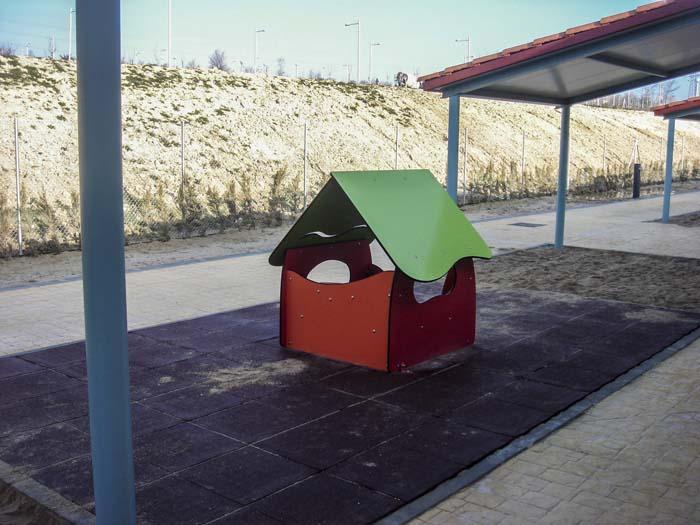 http://colegiotempranales.com/images/tempranales/centro/patios/Cole_003.jpg