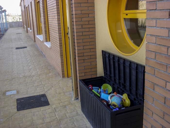 http://colegiotempranales.com/images/tempranales/centro/patios/Cole_004.jpg