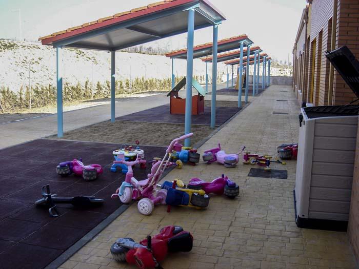 http://colegiotempranales.com/images/tempranales/centro/patios/Cole_048.jpg
