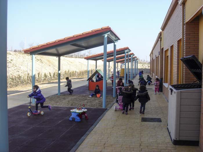 http://colegiotempranales.com/images/tempranales/centro/patios/Cole_054.jpg